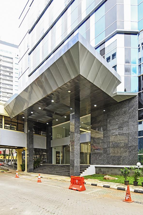 Gedung Administrasi Hukum Umum (AHU) Kemenkumham RI